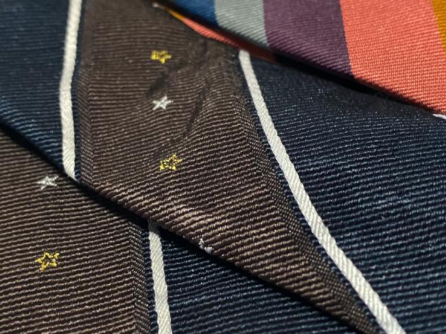 シルク100%ネクタイは手入れしないとこうなる