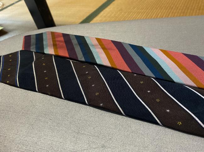 シルク100%ネクタイを比較