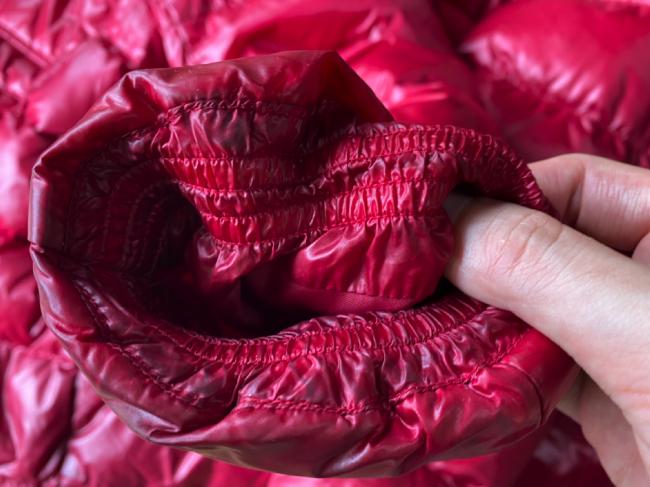 リナビスに出した赤いダウンの袖(送る前)