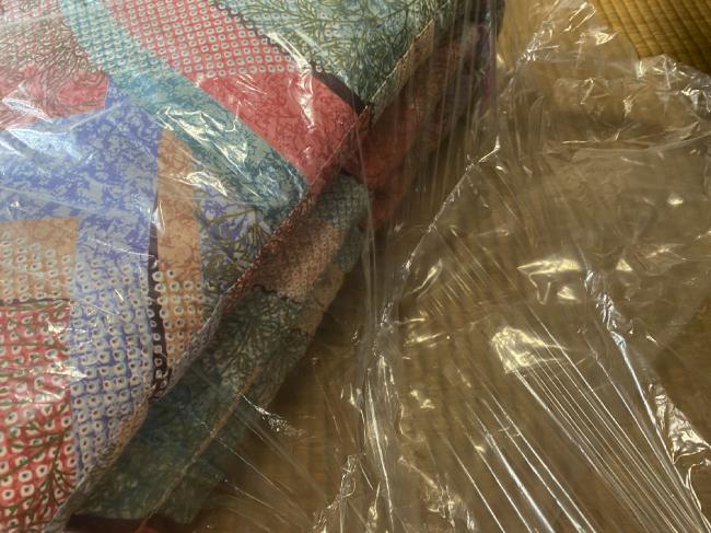 フレスコの戻ってきた布団袋の中身はビニール袋で梱包されていた