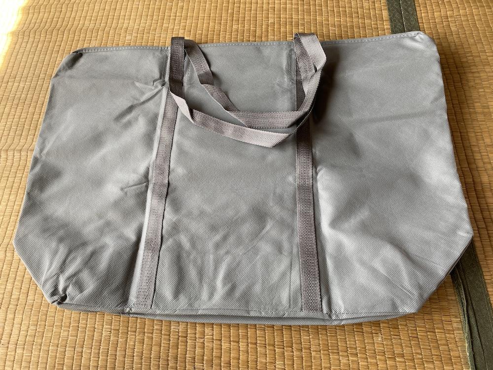クリーニングモンスターの配送バッグ